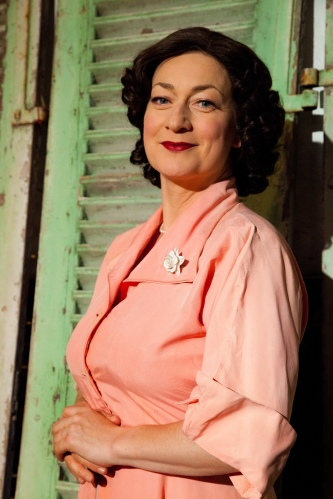 Lucy Stevens as Kathleen Ferrier. Photography by Geoff Broadway